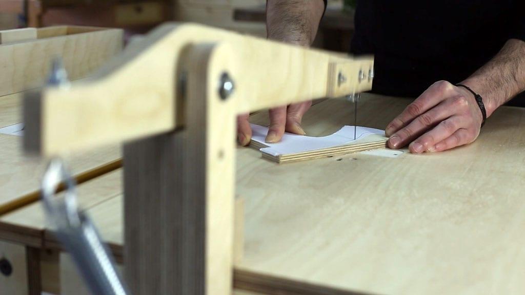 Como-cortar-empujador-casero-sierra-mesa-seguridad