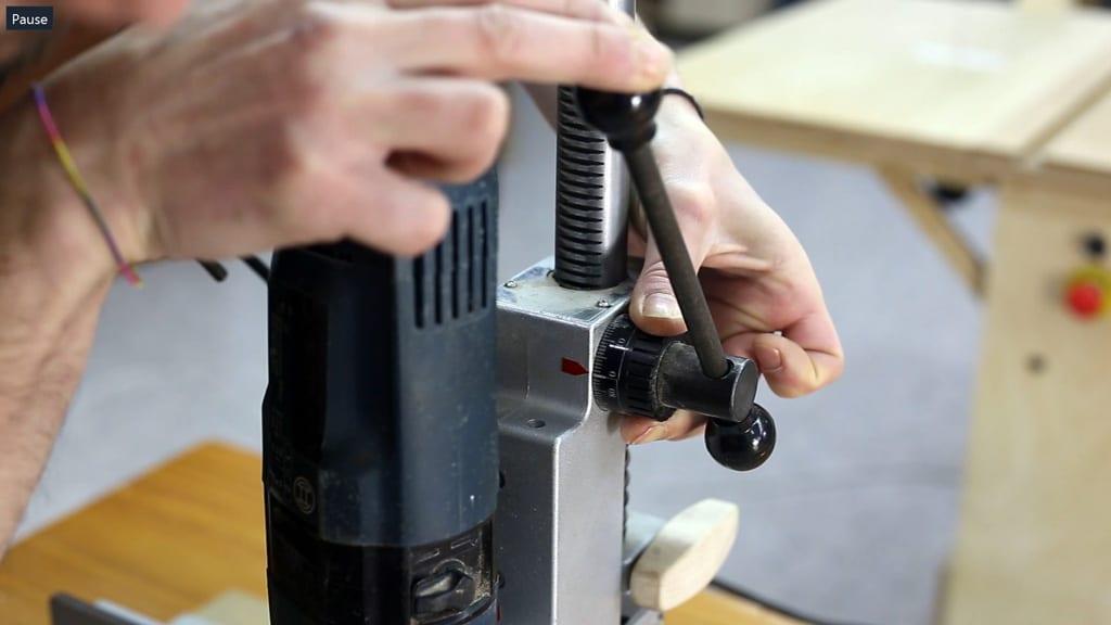 How-adjust-diy-column-drill-press-stand-table