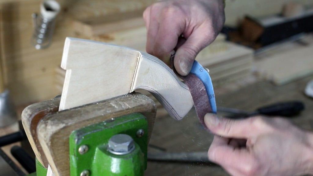 Como-hacer-empujador-casero-sierra-mesa-contrachapado