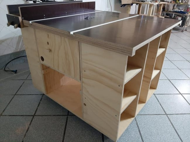 How-make-router-table-table-saw-projects-woodworking