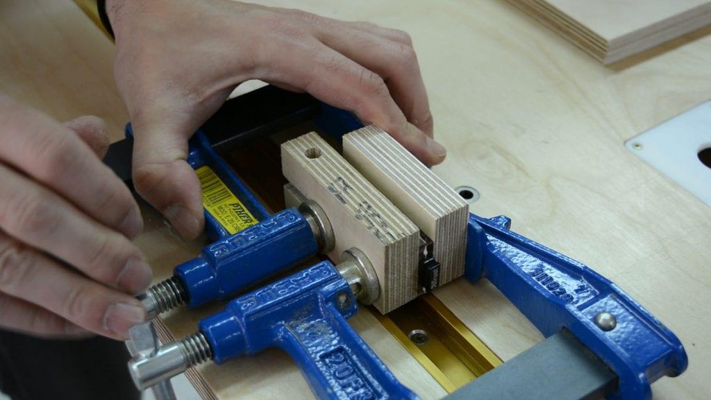 Glue-wood-diy-laser-engraved-usb-keychain