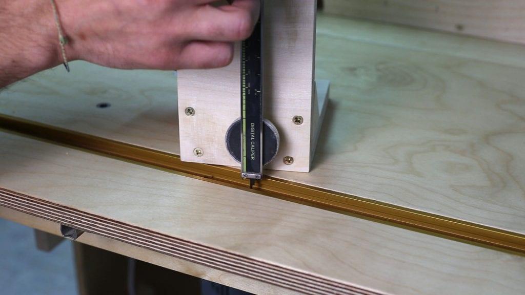 Calibre-altura-casero-carpinteria-preciso