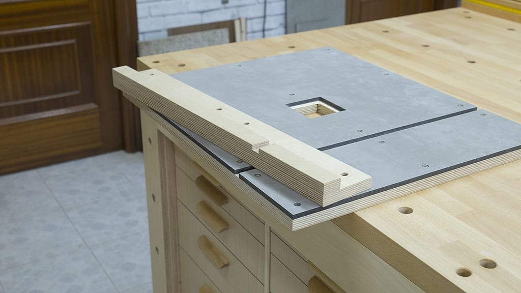 DIY-band-saw-upgrades-woodworking-work-table