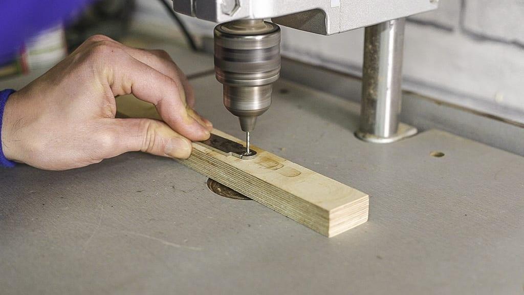 08FoldingKnife8 - Fabricando una Navaja