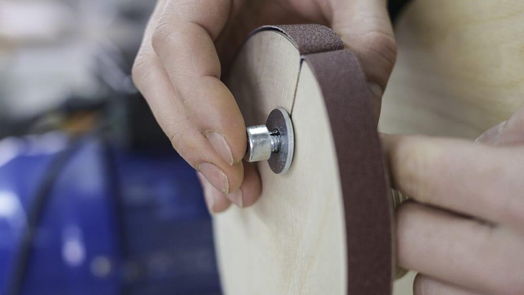 Homemade-lathe-grinding-wheel-strip-sandpaper