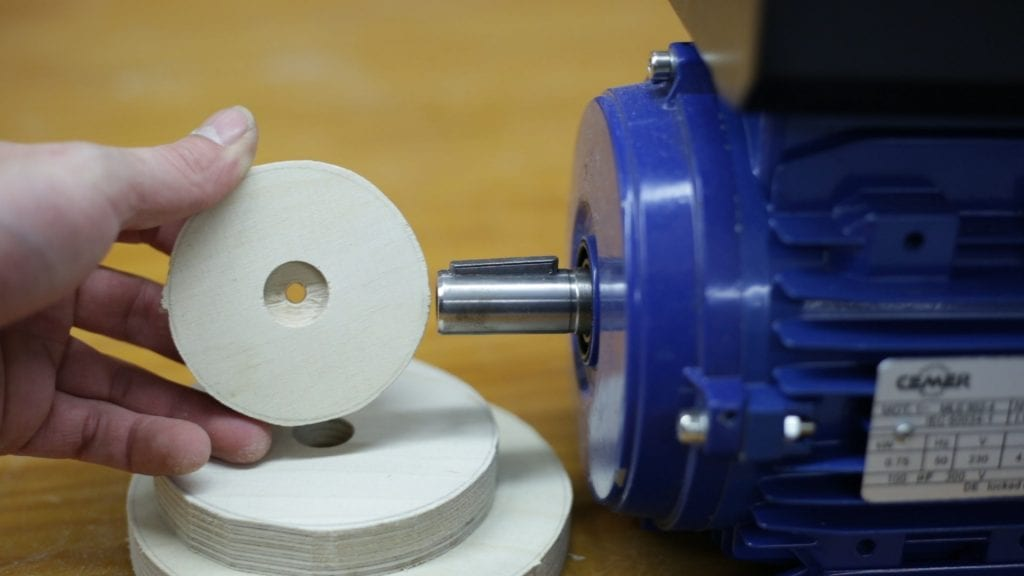Como-hacer-poleas-madera-contrachapado-carpinteria