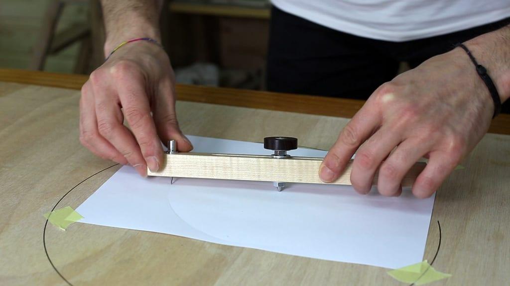 Como-cortar-circulos-gramil-compas-vara 2-1-casero