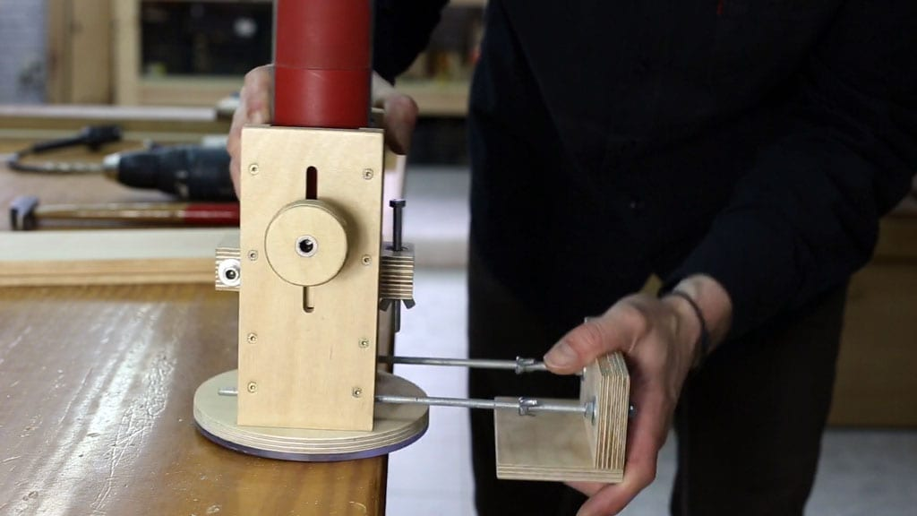21 4 - DIY Plunge Router Base