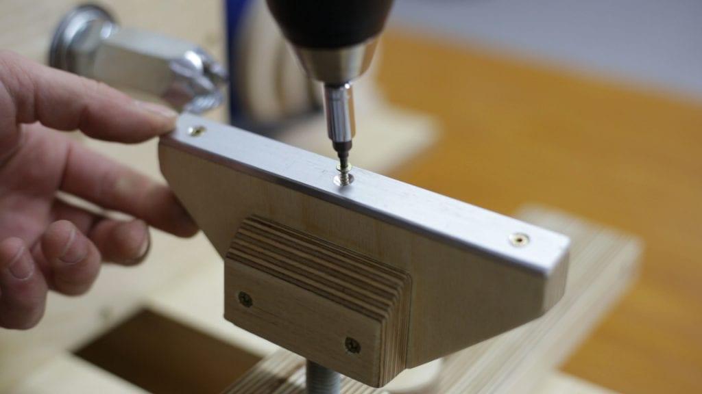 Como-hacer-porta-herramienta-torno-casero-carpinteria