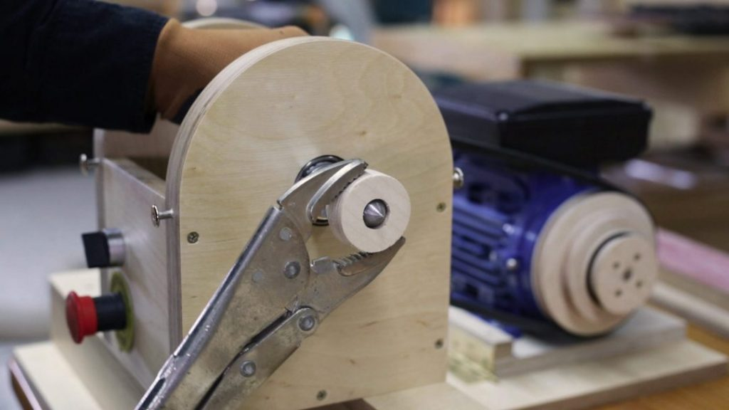 DIY-lathe-adjustable-chuck-faceplate-shaft