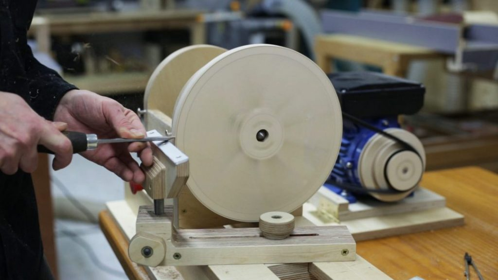How-make-lathe-adjustable-chuck-faceplate
