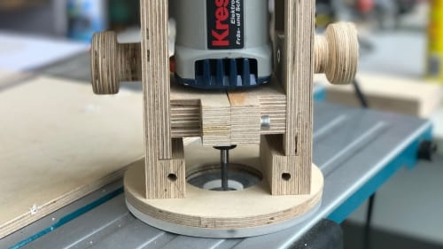 Mix-readers-showcase-diy-plunge-router