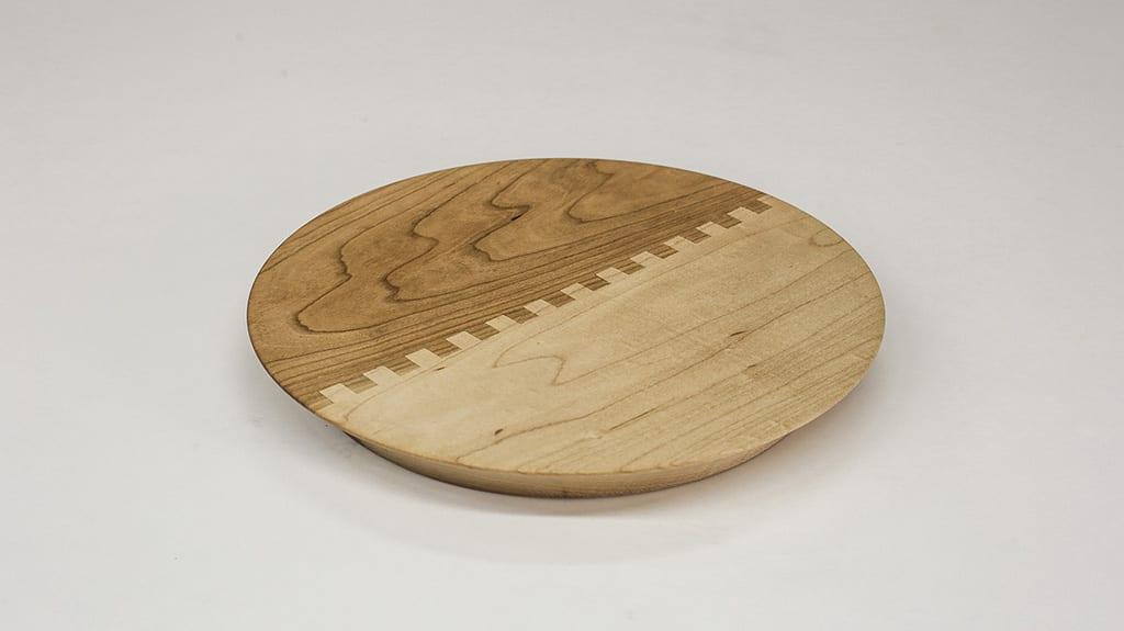 DIY-omelette-flipper-woodworking