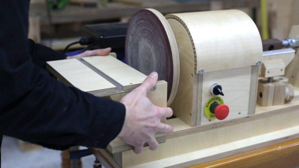Making-woodworking-diy-mallet
