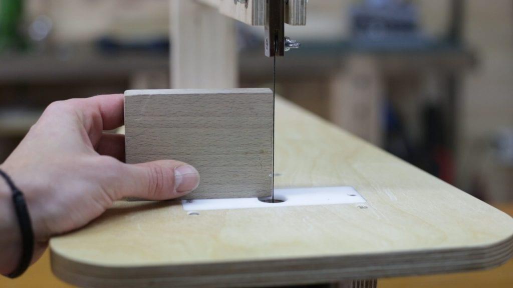 Probando-bloqueo-hoja-sierra-hilo-mejora
