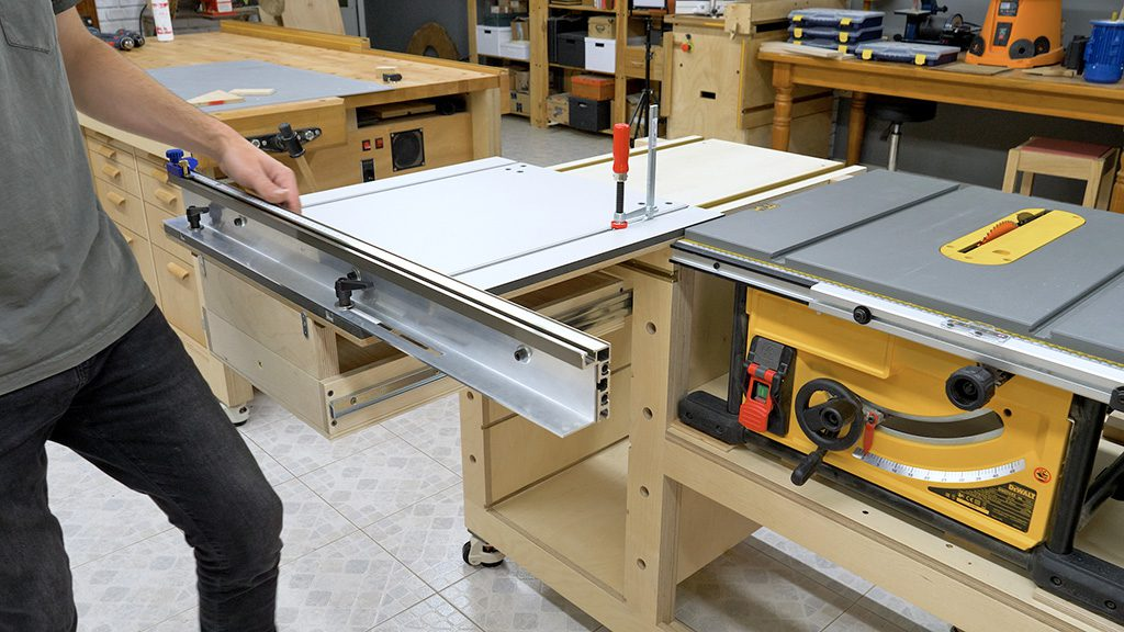 How-use-homemade-sliding-carriage-table-saw
