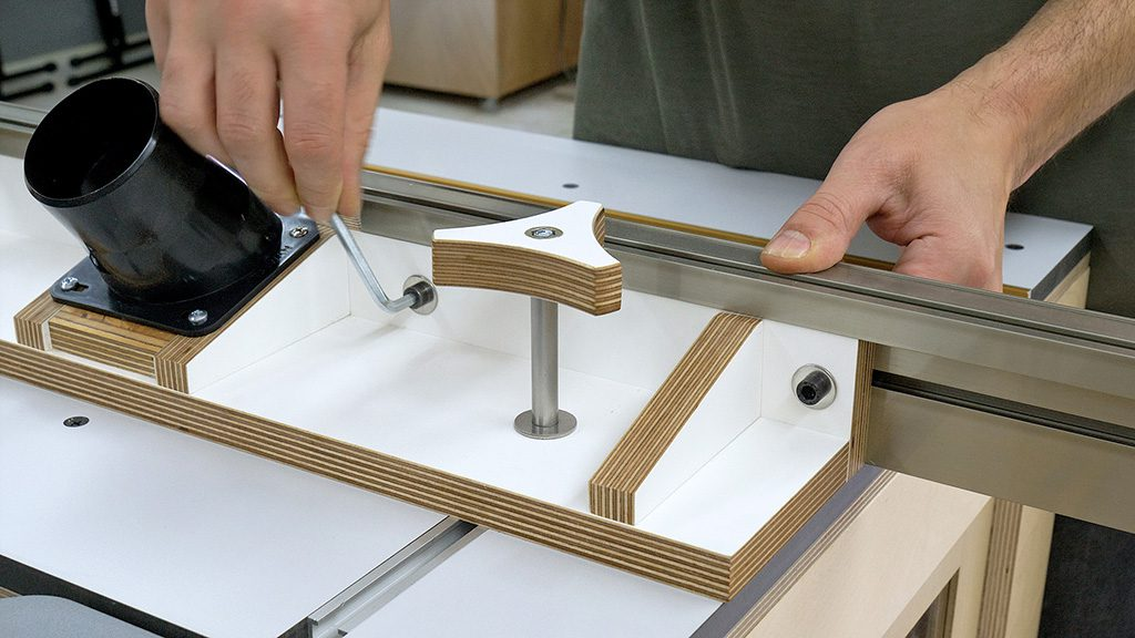 Diy-router-table-fence-insert-plate-dust-pipe-flange-adapter